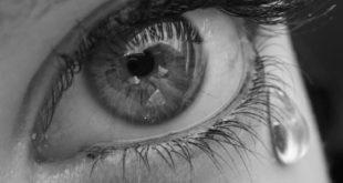 Oeil qui pleure des larmes d'amour